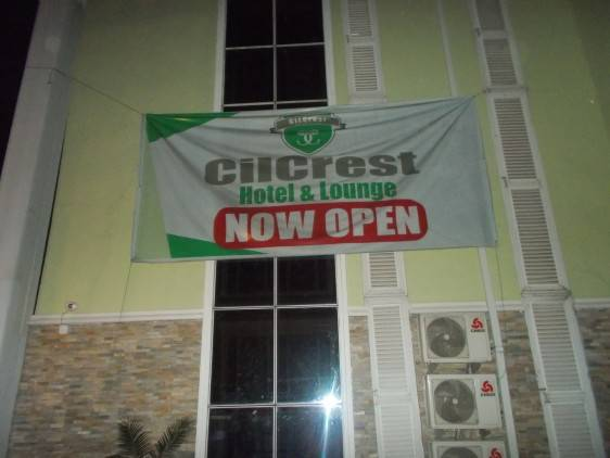 Cilcrest Hotel and Lounge