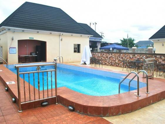 Dovely Palace Hotels and Suites